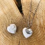 pendentif-howlite-forme-coeur-pierre-mineraux-pierres-du-monde-12