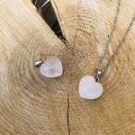 pendentif-quartz-rose-forme-coeur-pierre-mineraux-pierres-du-monde-12