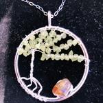 Pendentif-arbre-de-vie-peridot-pierre-naturelle-pierres-du-monde-vosges-12
