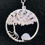 Pendentif-arbre-de-vie-quartz-rose-pierre-naturelle-pierres-du-monde-vosges-12