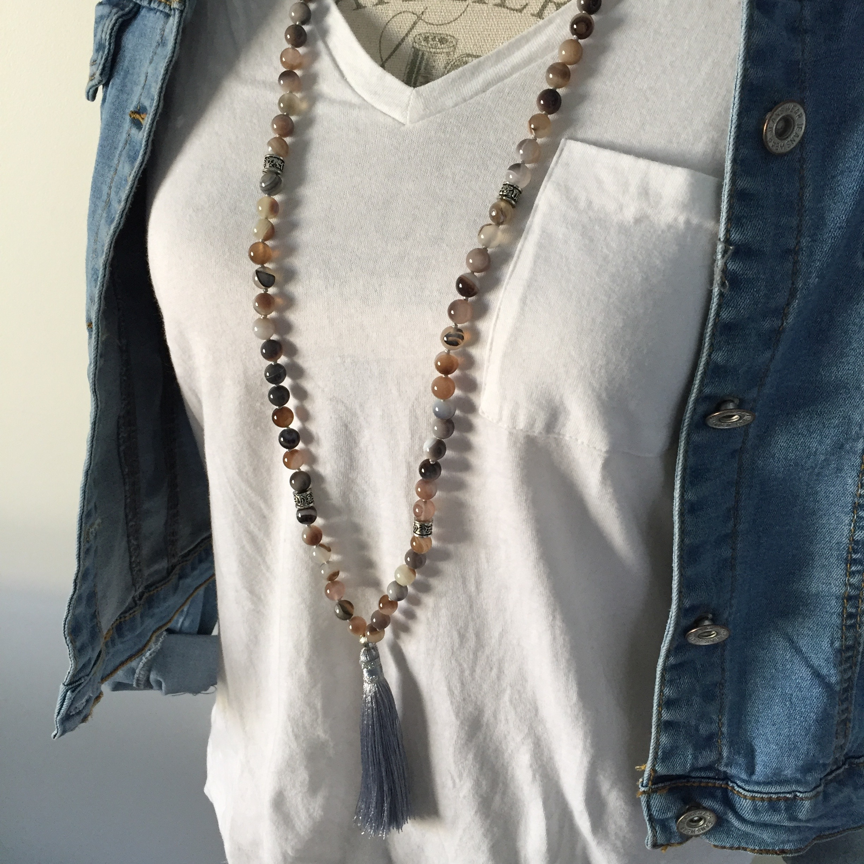 Mala Agate de botswana,  perles 8 mm