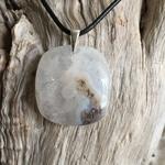 Pendentif quartz solaire, bélière argent 925, cordon coton ciré offert