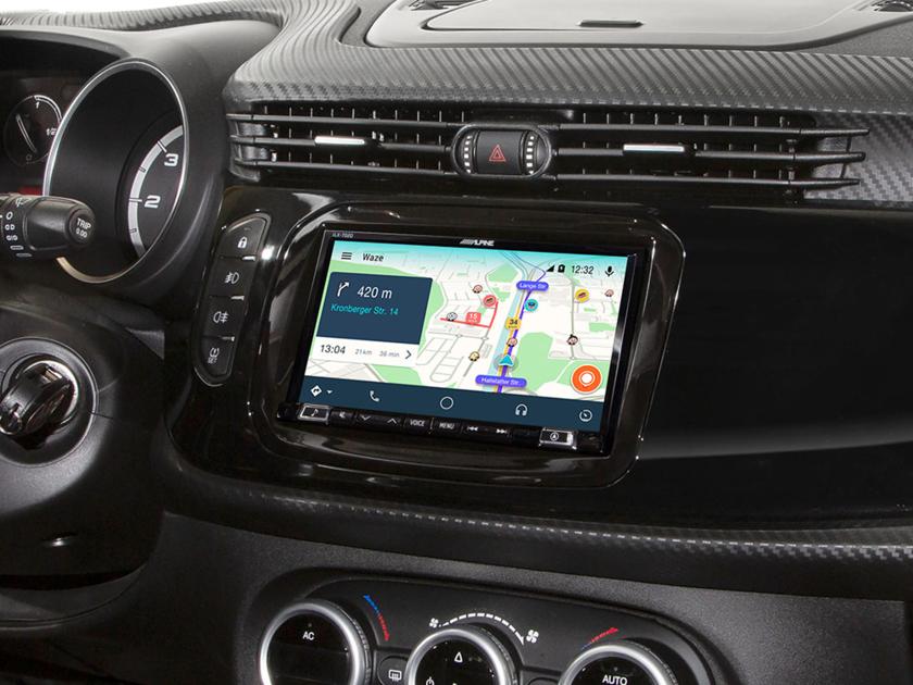 Alpine Style pour Alfa Romeo Giulietta - Waze, Apple Carplay et Android Auto - iLX-702D, INE-W720D avec KIT-7AR-940