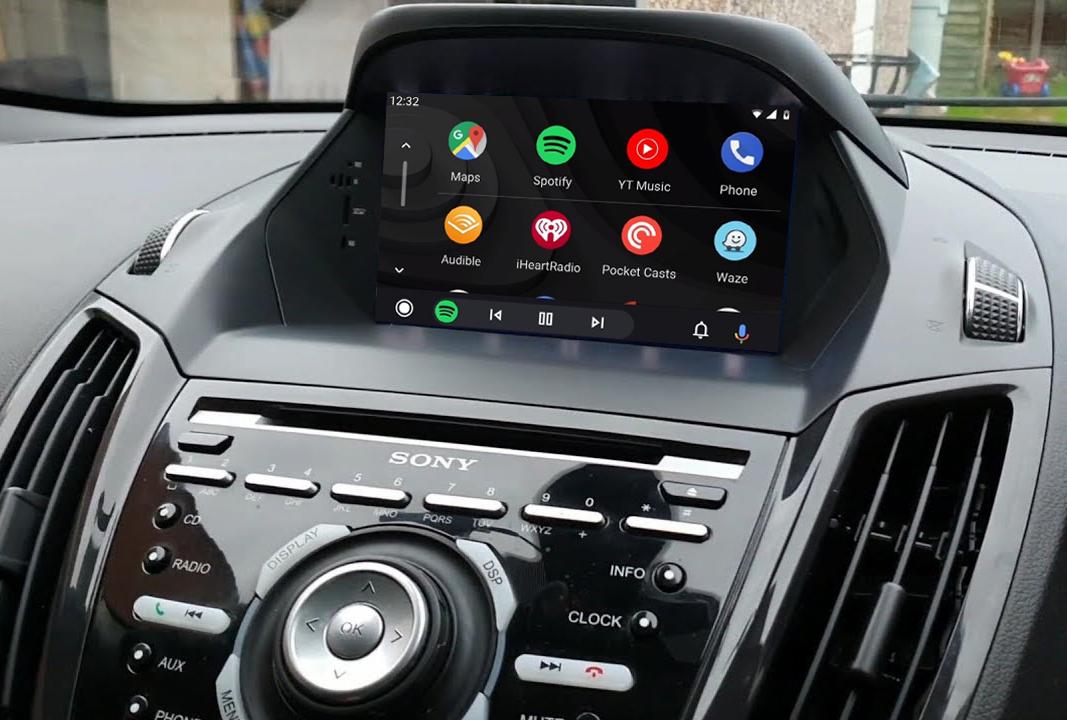 Ecran tactile QLED Android 11.0 + Apple Carplay sans fil Ford Kuga de 2013 à 2019