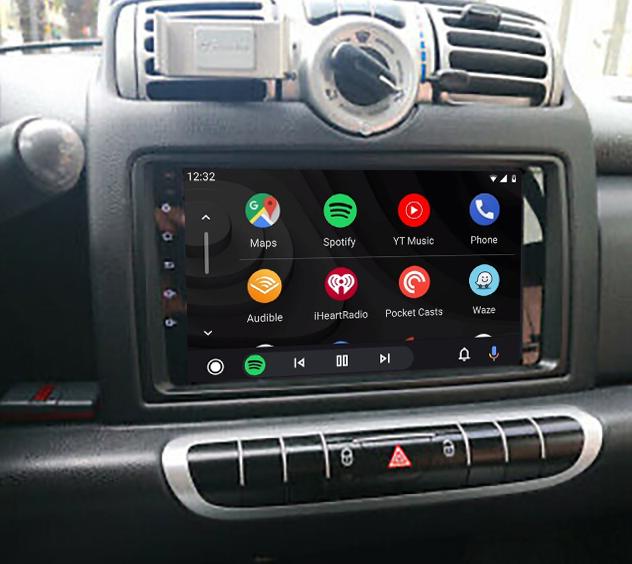 écran tactile QLED Android et Apple Carplay sans fil Smart Fortwo de 2006 à 2010