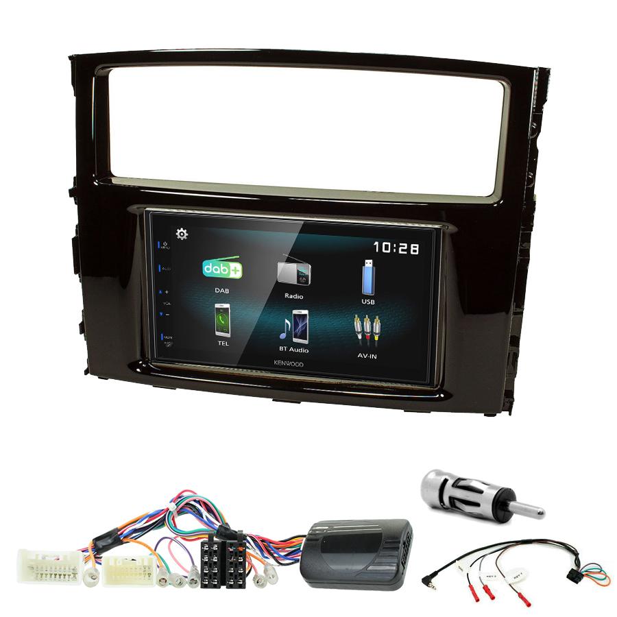 Kit d\'intégration Mitsubishi Pajero de 2006 à 2014 + Autoradio multimédia à écran tactile