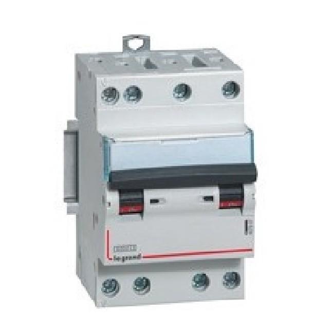 LEGRAND - Disjoncteur DX 4500 - vis/vis - 3P - 400 V~ - 10A - 6kA - courbe C - 1 mod - REF - 406890