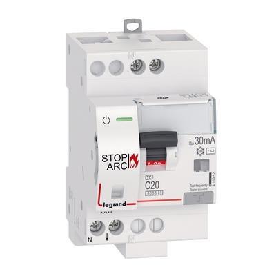 LEGRAND - Disjoncteur Différentiel DX³ STOP ARC 4500 à vis 1P+N 230V~ 20A typeAC 30mA courbe C - 3 modules - Réf - 415952