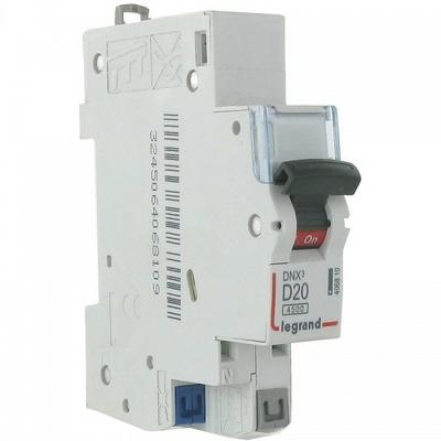 LEGRAND - Disjoncteur DNX 4500 - auto/auto - U+N 230V~ 20A - 4,5kA - courbe D - 1 mod - REF 406810