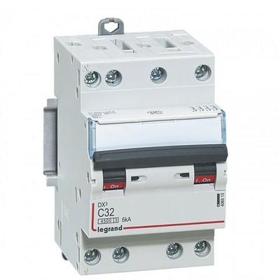 LEGRAND - Disjoncteur DX 4500  à vis - 4P - 400 V~ - 32A - 6kA - courbe C - 3M - Réf - 406913