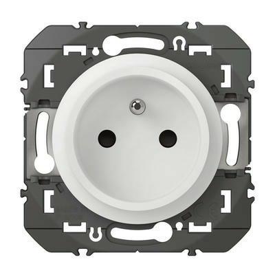 LEGRAND - Prise de courant easyréno 2P+T faible profondeur dooxie 16A finition blanc - REF 600328