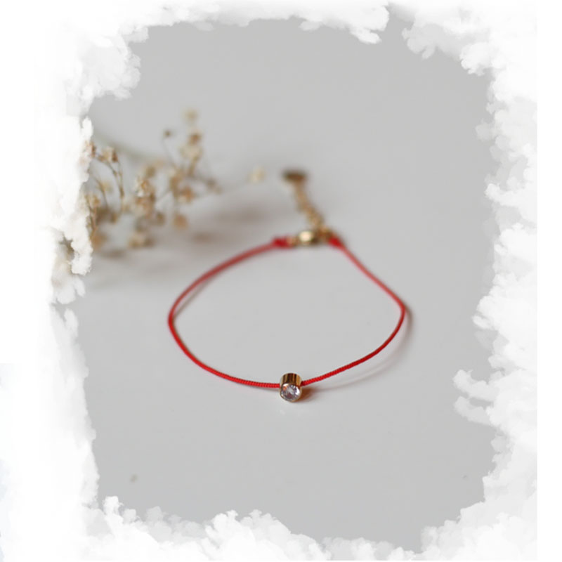 Bracelet Chiara - Gold with Red rope