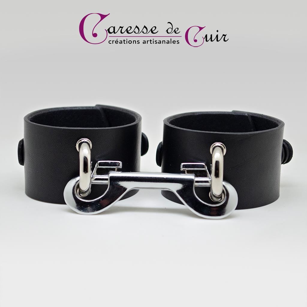 Salomé - Paire de Bracelets BDSM en cuir noir