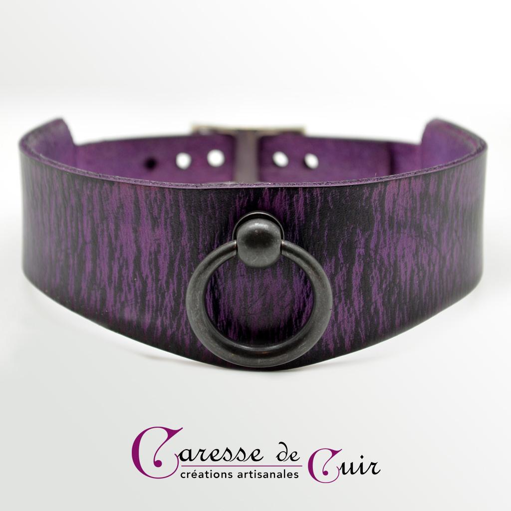 Collier SM en cuir violet ou rouge  avec veinage noir