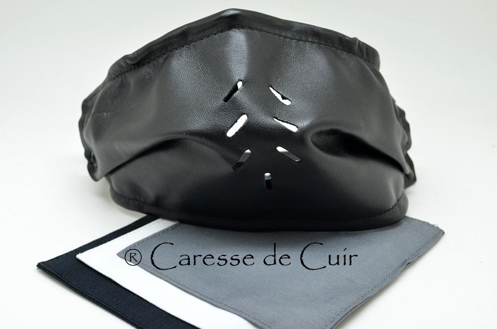 Sur masque en cuir souple avec 3 doubles protections lavables en tissus.