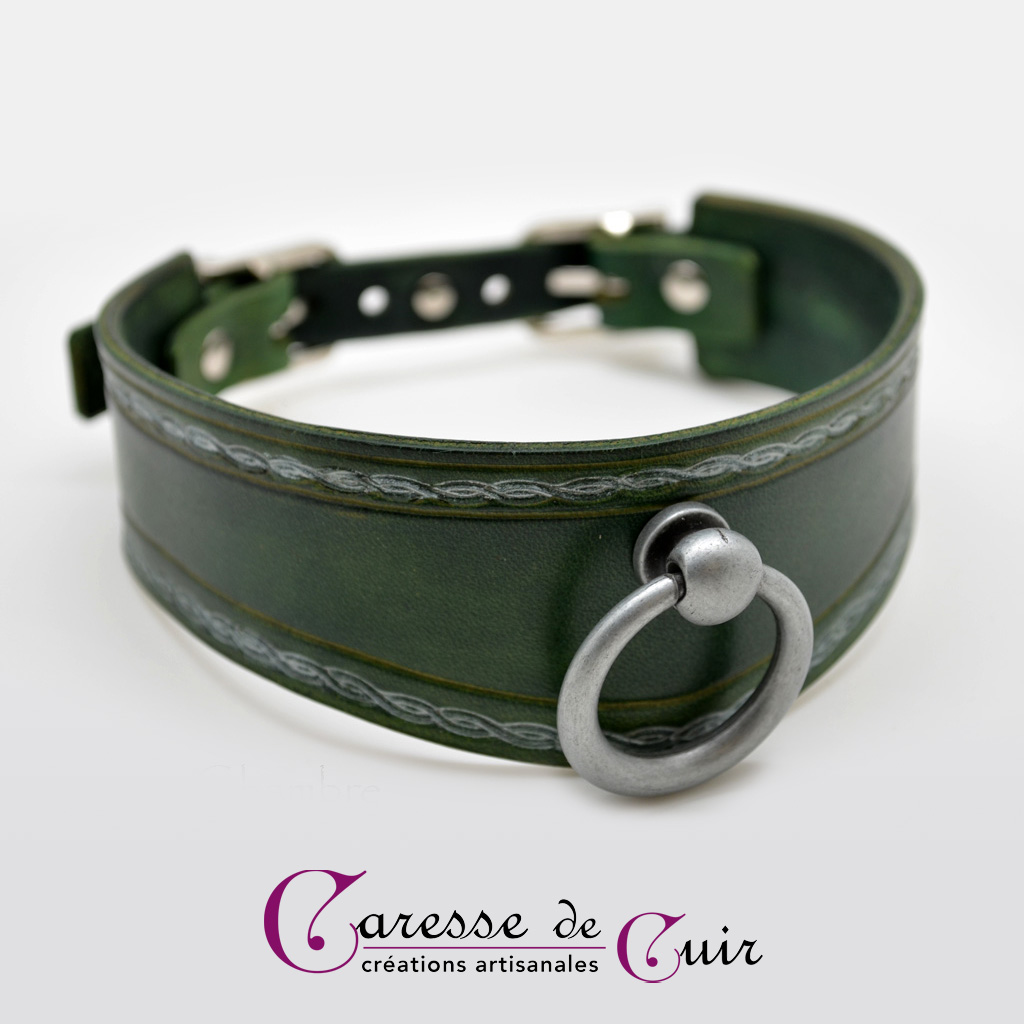 Collier-SM-cuir-vert-argenté-2