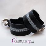 Bracelet-cuir-noir-martelage-argent-fermoir-manille-argenté-2b
