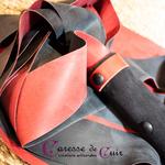 Petit-Martinet-Latex-Bicolore-Noir-Rouge-3
