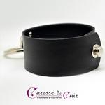 Collier-sm-cuir-noir-anneau-argenté-2