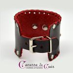 bracelet-sm-cuir-noir-anneau-rouge-strass-4