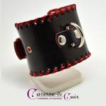bracelet-sm-cuir-noir-anneau-rouge-strass-3