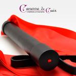martinet-latex-rouge-cuir-noir-caressedecuir-2