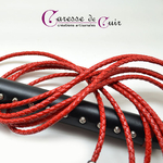 martinet-cuir-rouge-noir-tressé-caressedecuir-4