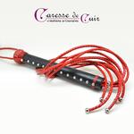 martinet-cuir-rouge-noir-tressé-caressedecuir-2