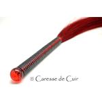 martinet-crin-cuir-rouge-caressedecuir-1