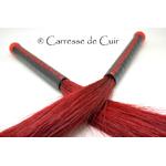 duo-martinet-crin-cuir-rouge-caressedecuir-1