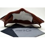 sur masque de protection en cuir avec 3 filtres double epaisseur en tissus lavable marron recto caressedecuir 2