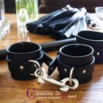 Paire de bracelets bdsm de seance en cuir noir 6