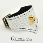 bracelet-bdsm-cuir-blanc-couture-noire-3