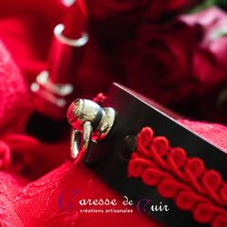 collier-sm-anneau-gallon-rouge-cuir-noir-0