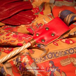 cravache-cuir-micocoulier-rouge-et-bois-4