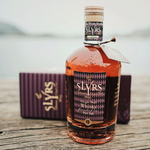 SLYRS_Whisky_Porto_avec_emballage_sur_lac