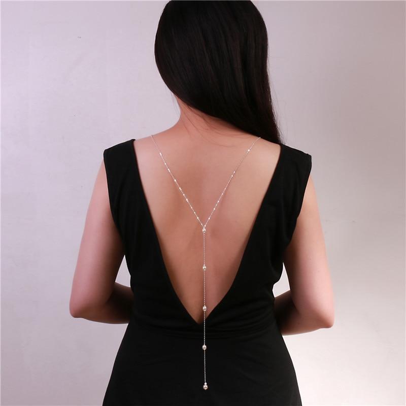 Collier de dos chaîne unique avec perles - A porter avec la robe élégante de grossesse