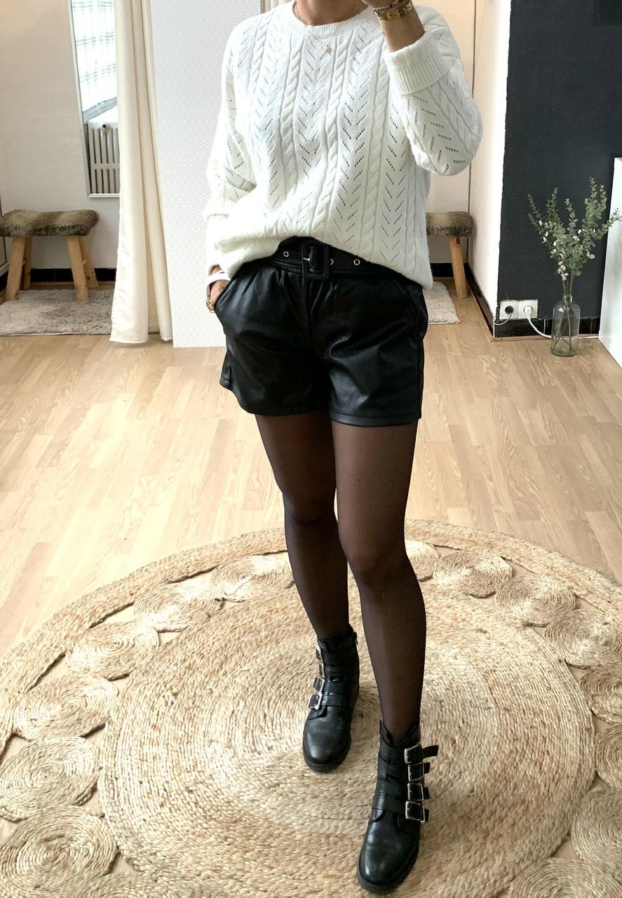 Short noir simili