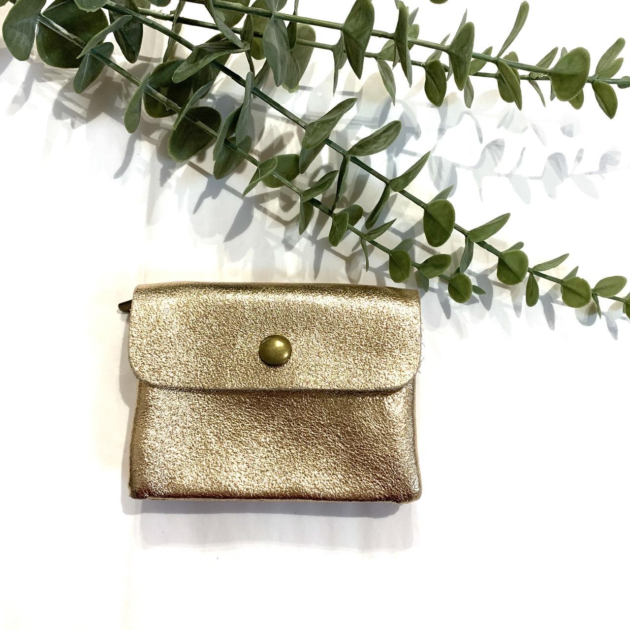 Porte monnaie doré en cuir