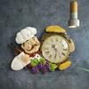 Horloge-murale-Vintage-d-coration-de-la-maison-r-sine-Chef-Statue-montre-horloge-Quartz-muet