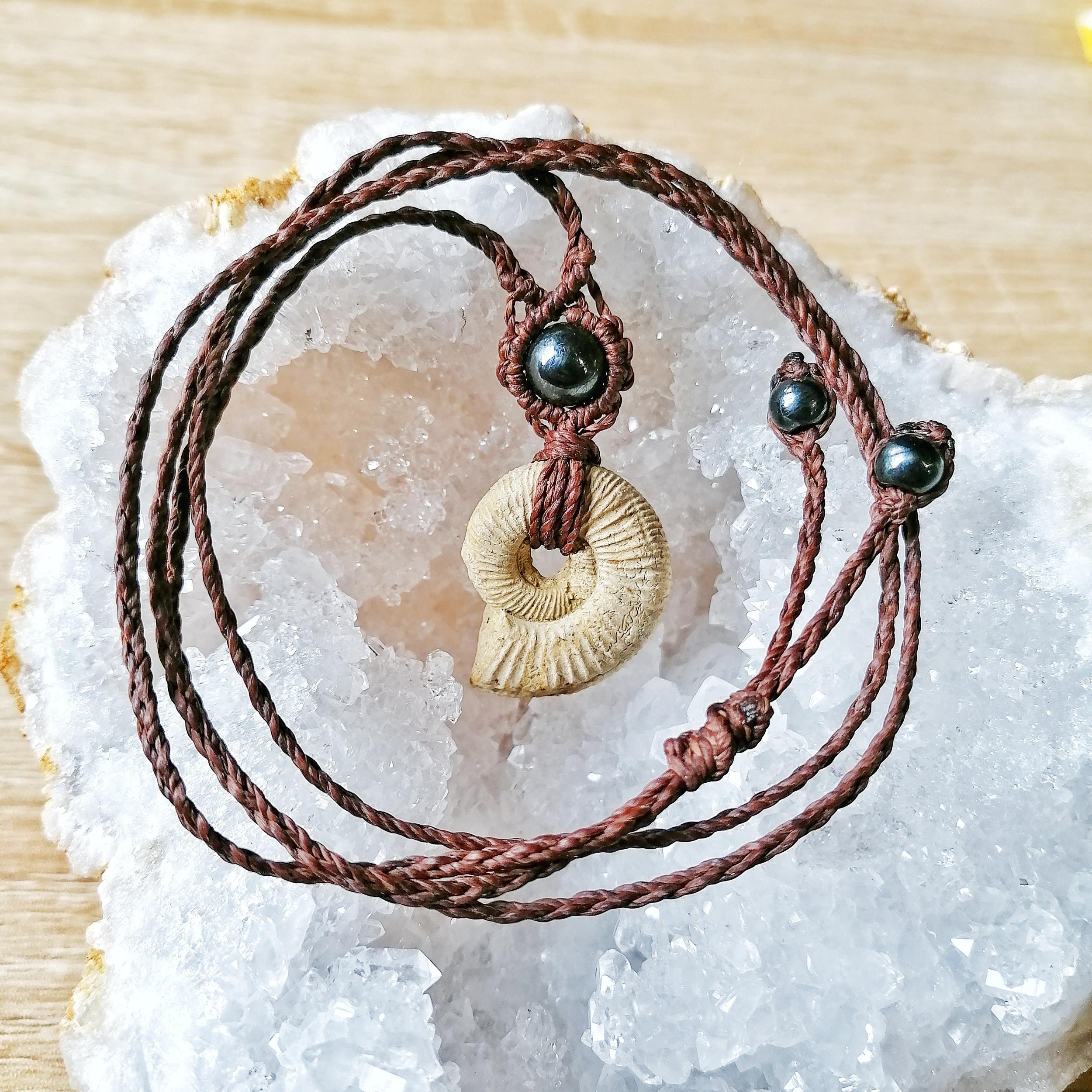 Collier Jurassique Ammonite & Hématite