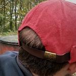 miki docker casquette sans visière baton rouge bonnet rouge (1)