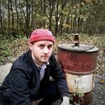miki docker casquette sans visière baton rouge bonnet rouge (2)