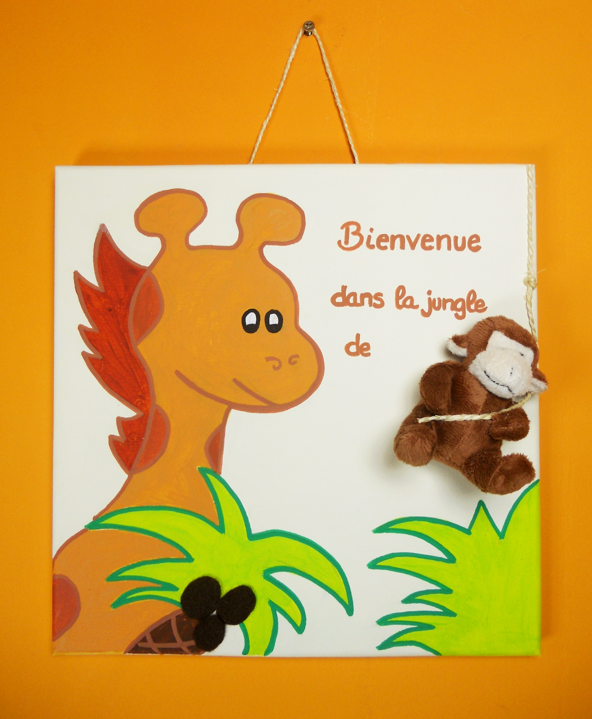 plaque-de-porte-enfant-bebe-girafe-et-singe-peluche-savane-jungle-vert-chocolat-orange beige