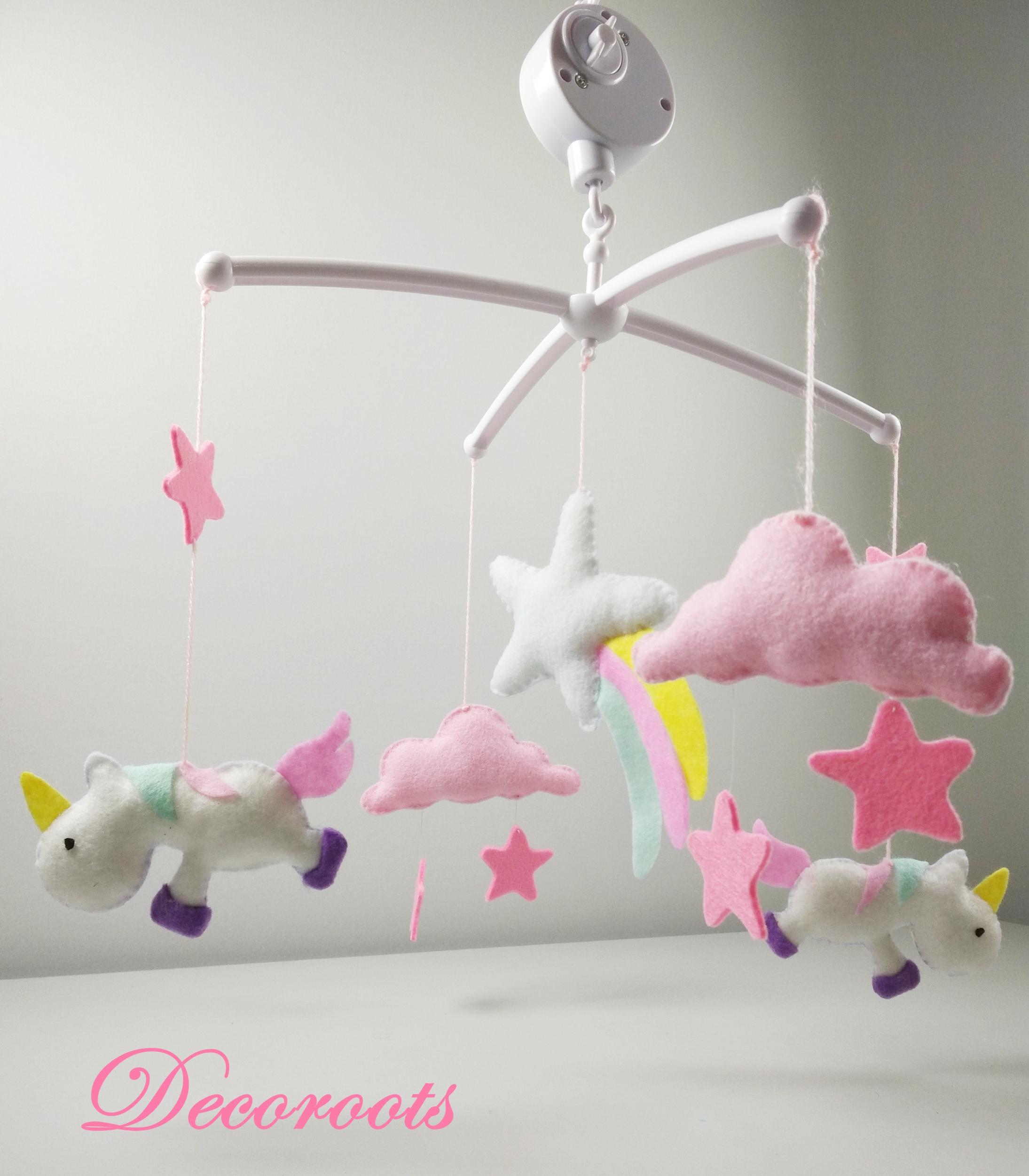 mobile bébé licorne fille musical