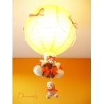 lampe montgolfière enfant bébé ours et oursonne peluche orange beige blanc luminaire lustre suspension abat-jour décoration mixte allumée