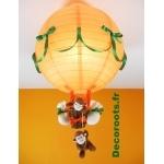 lampe montgolfière bébé jungle singe orange vert allumée