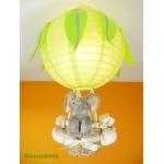 lampe montgolfière jungle éléphant vert gris allumée