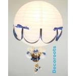 lampe montgolfière bleu allumée