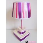 lampe de chevet enfant bébé fille gateau rose violet coeur 2